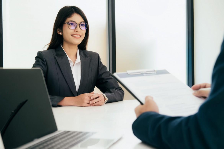 interviewer assessing woman's work experience
